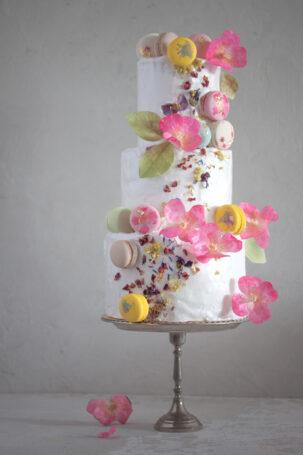 Wafer paper wild roses- Petite Pivoine Cakes